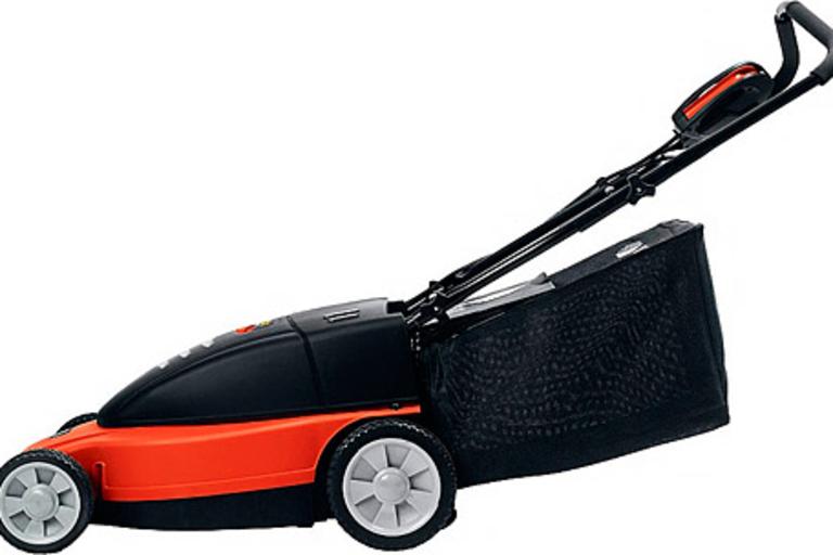Black & Decker Cordless Electric Mulching Mower