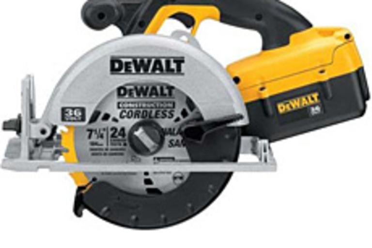 DeWalt DC300K Circular Saw