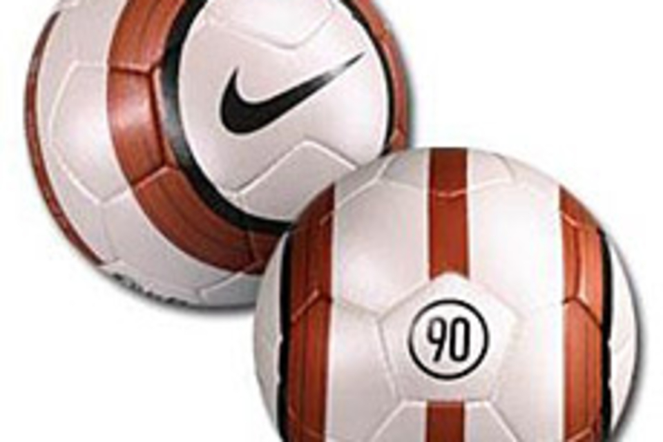 Nike Total 90 Aerow Soccer Ball