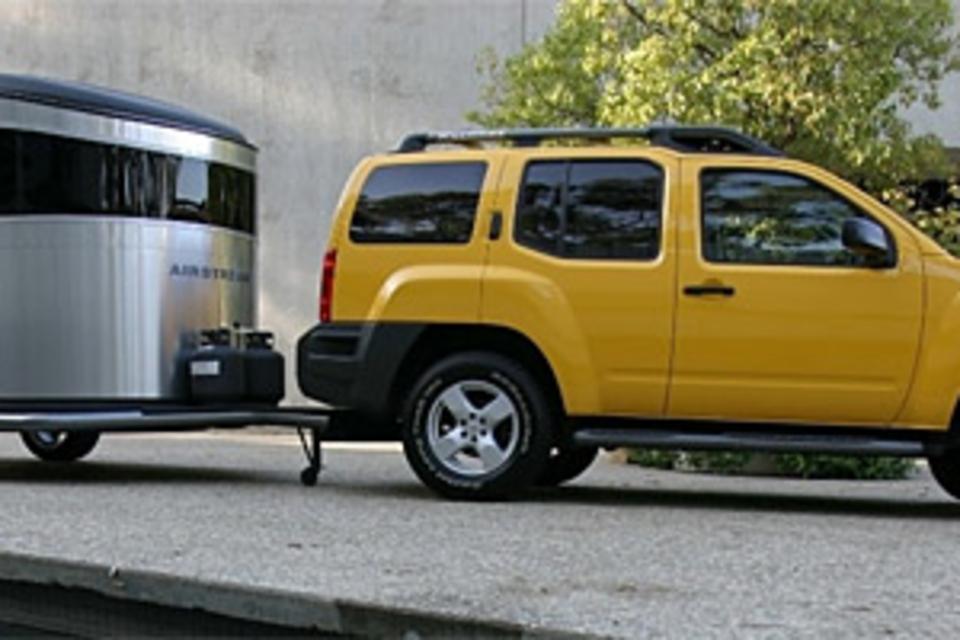 Nissan Airstream BaseCamp Trailer