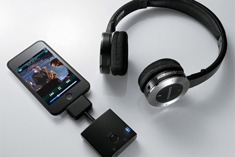 Onkyo Bluetooth iPod Headphones