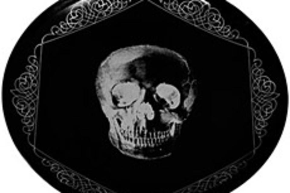 Memento Mori Skull Plates