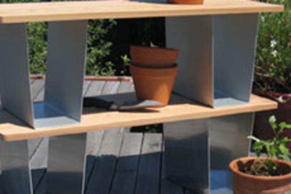 Squat Outdoor Bench