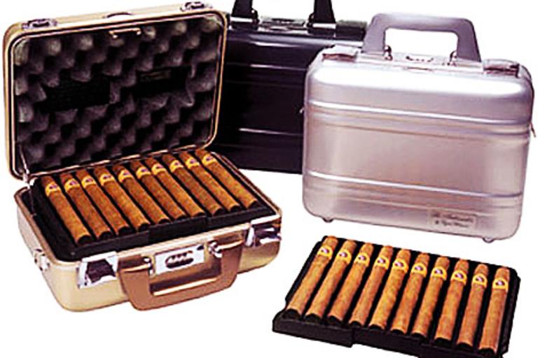 Zero Halliburton Cigar Cases