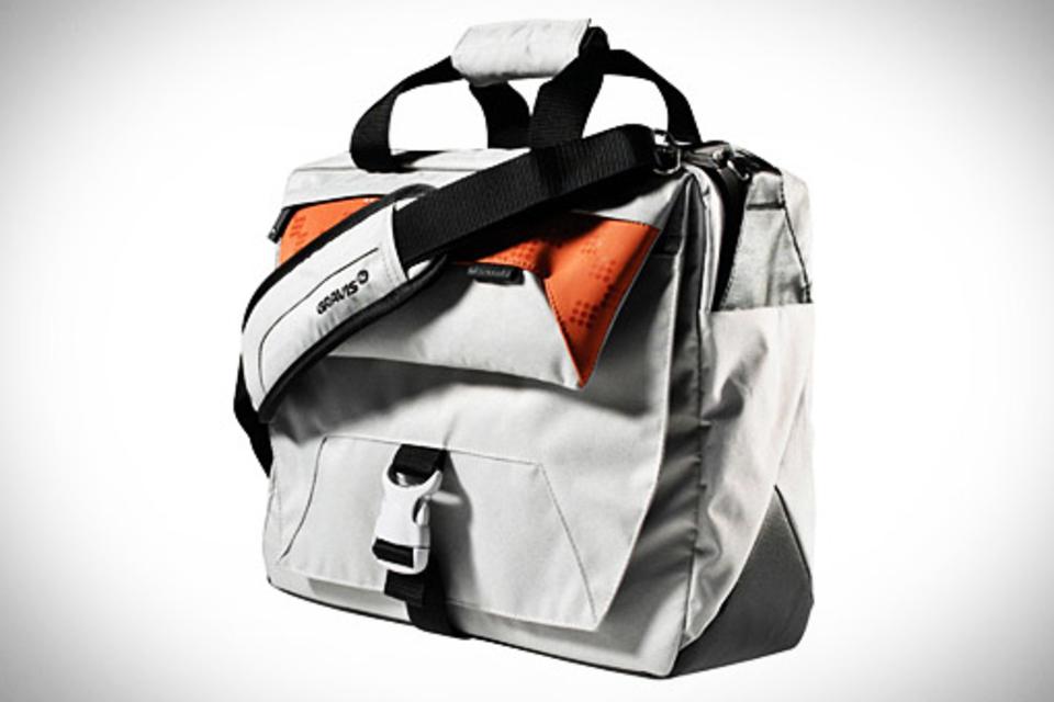 Gravis Digi Bag | Uncrate