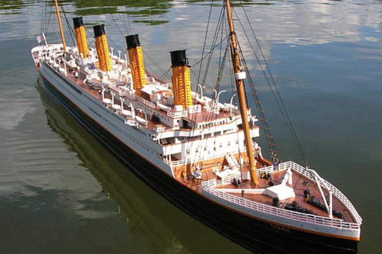 Remote Controlled RMS Titanic