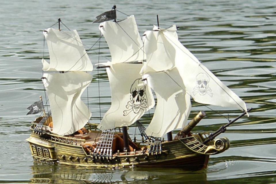 Remote Controlled Pirate Ship