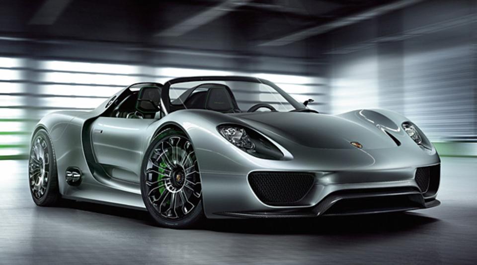 Porsche 918 Spyder Uncrate