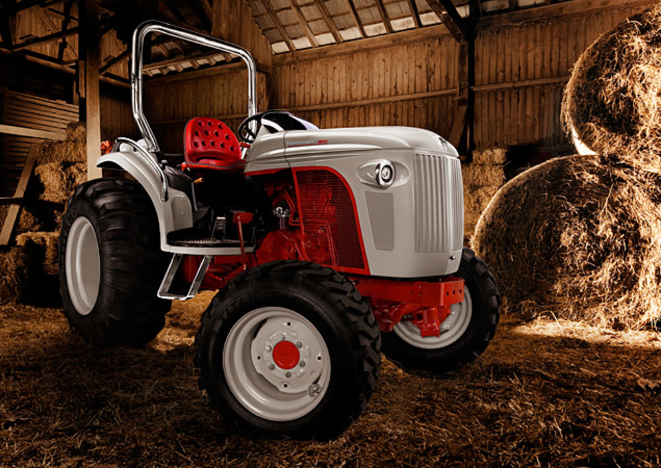 Ford 6n Tractor : Boomer n tractor uncrate