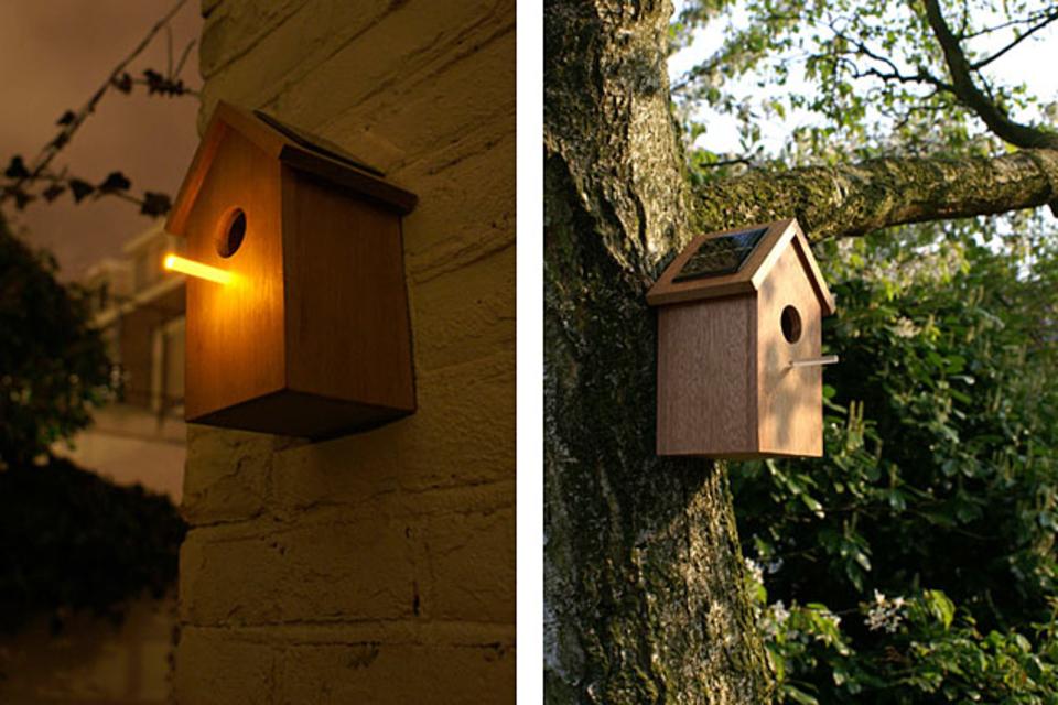 Oooms Solar Birdhouse