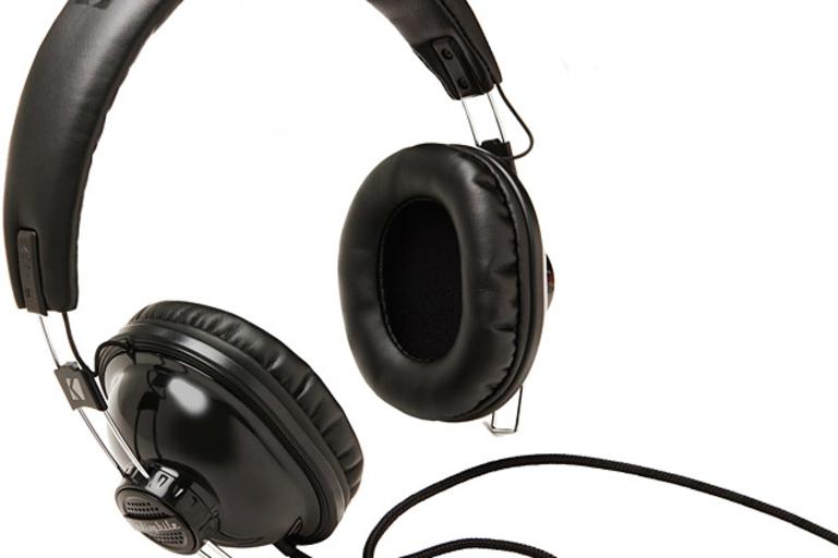 Kicker HP1973 Headphones