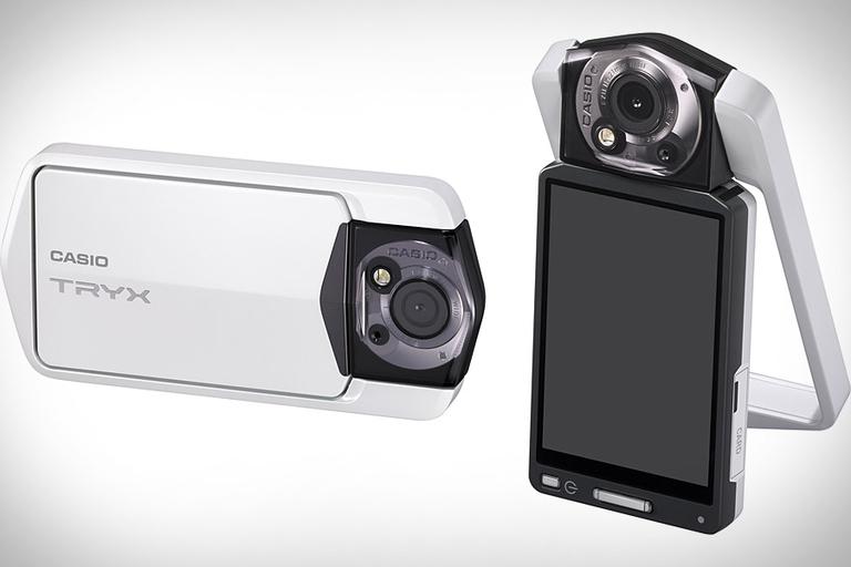 Casio Tryx Camera