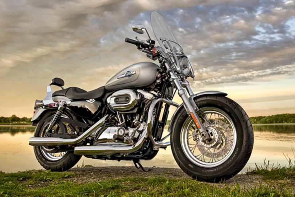 Harley-Davidson H-D1 Customization