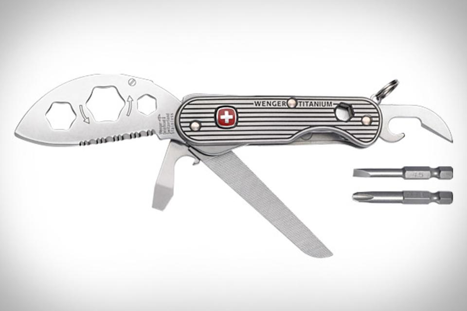 Wenger Titanium Knives
