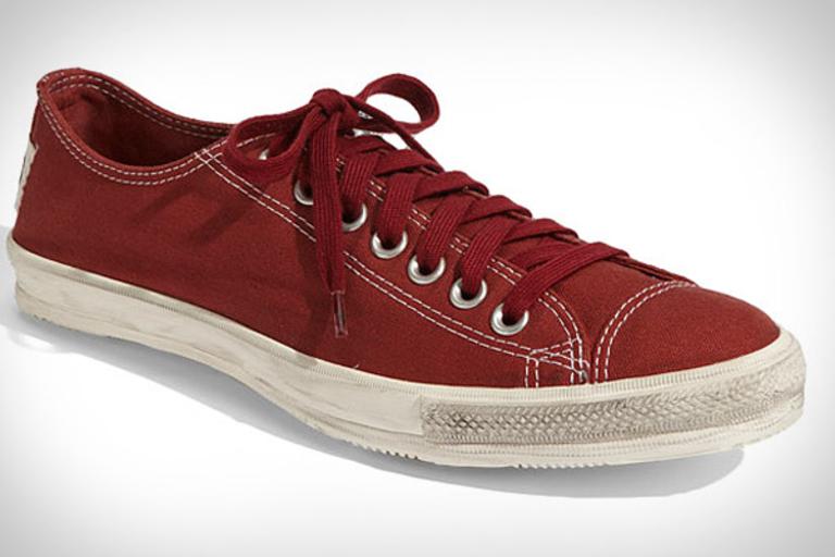 Converse Chuck Taylor Coast Sneakers