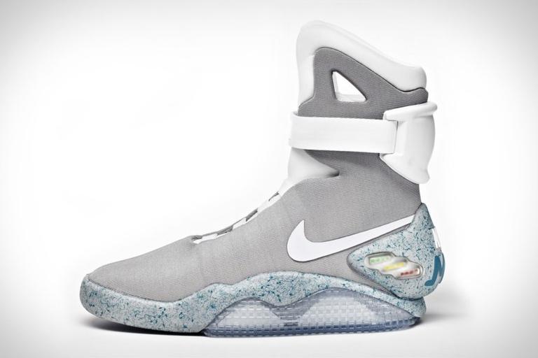 Nike MAG Sneakers