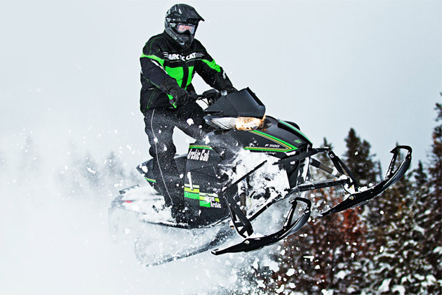 How Much Tow Out On Arctic Cat Procross