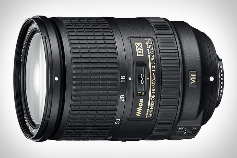 Nikon 18-300mm VR Super Zoom Lens