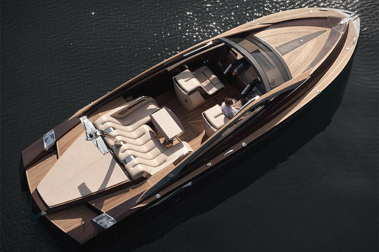 Antagonist Yacht