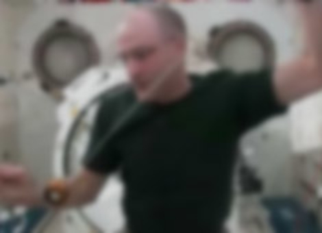 Zero Gravity Yo-Yo Tricks