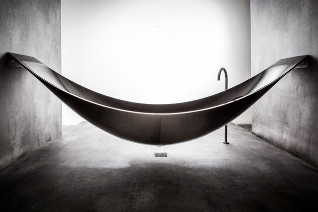 Vessel Hammock Bathtub