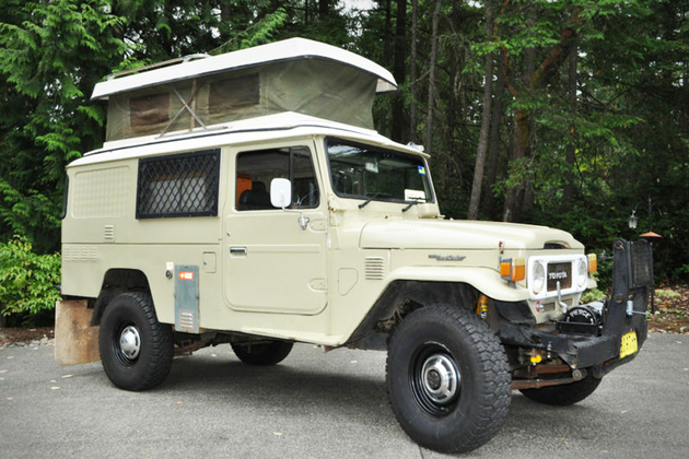 1982 Toyota Land Cruiser FJ45 Troopy