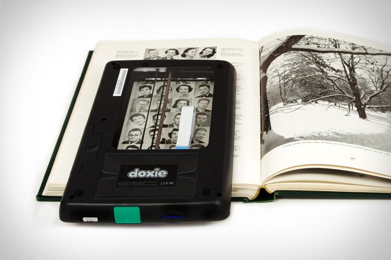 Doxie Flip Scanner