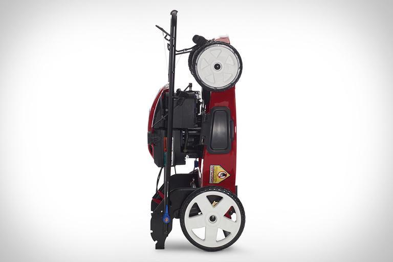 Toro Recycler SmartStow Mower
