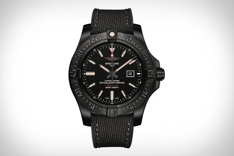 Breitling Avenger Blackbird Watch