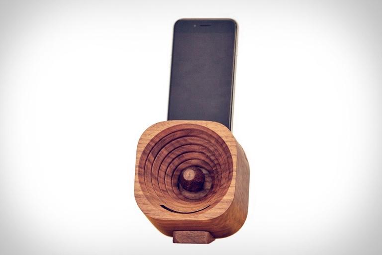 Trobla Wooden Smartphone Amplifier