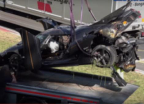Koenigsegg Agera One:1 Crash