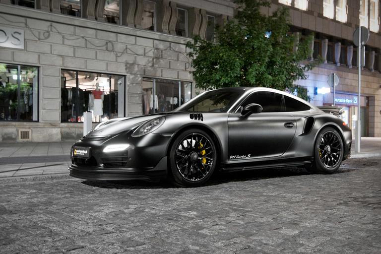Porsche Dark Knight 911 Turbo S