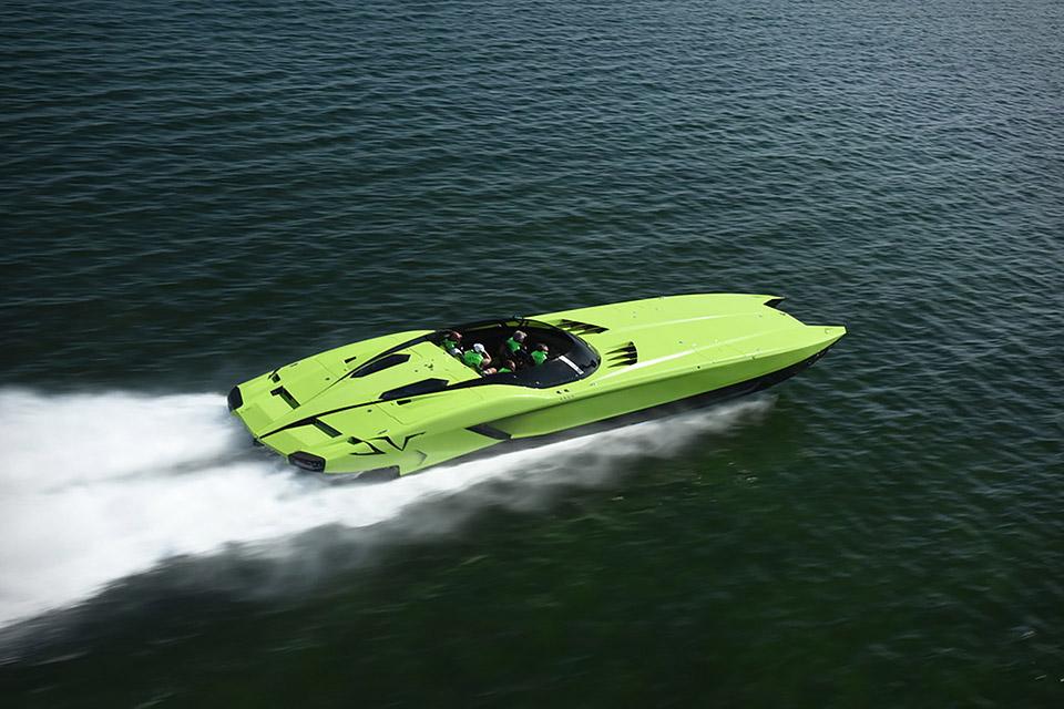 Lamborghini SV Roadster + Super Veloce Boat   Uncrate