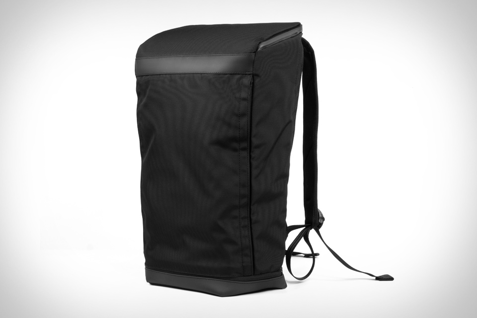 Opposethis Invisible Backpack  7401f57c9e44e