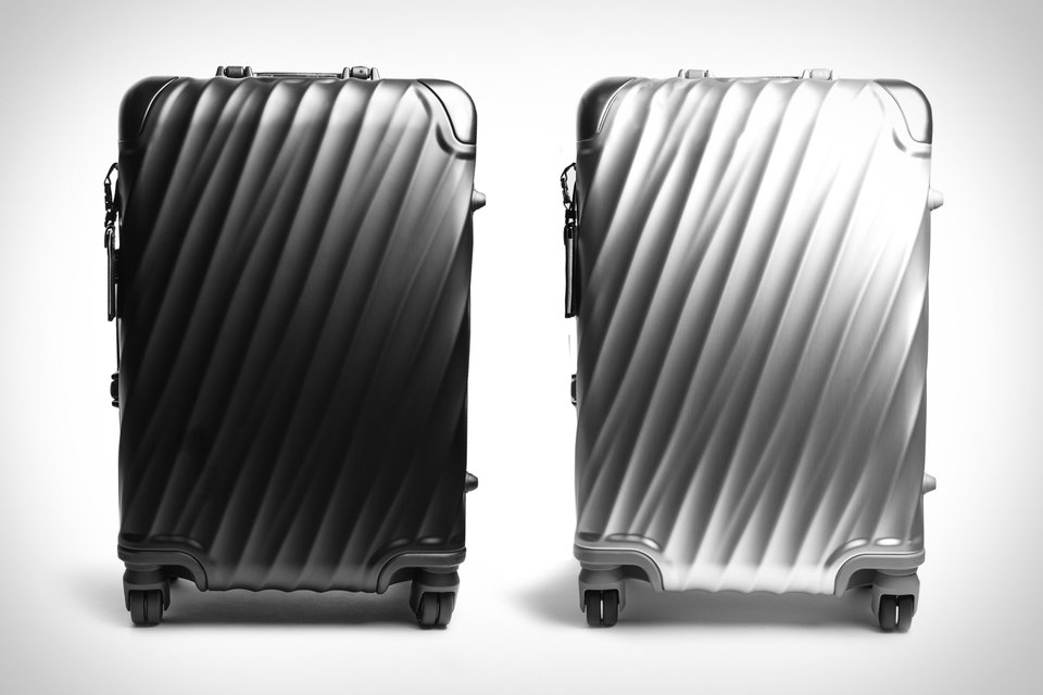 d7268e79269 Tumi 19 Degree International Carry-On Suitcase