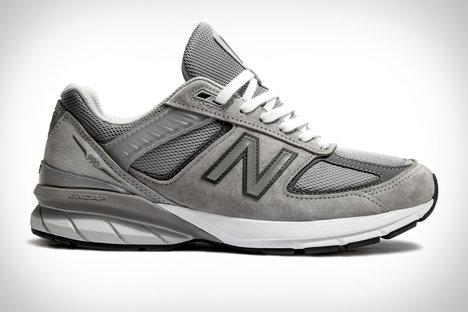 brand new f00b5 5d1ea New Balance 990v5 Sneaker