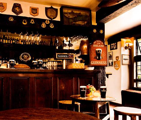 (Ocio) The Trafford: El Pub abre sus puertas!!