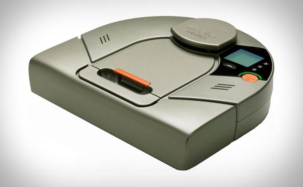 Neato XV-11 Robot Vacuum