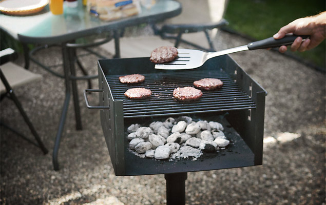 park style charcoal grill uncrate. Black Bedroom Furniture Sets. Home Design Ideas
