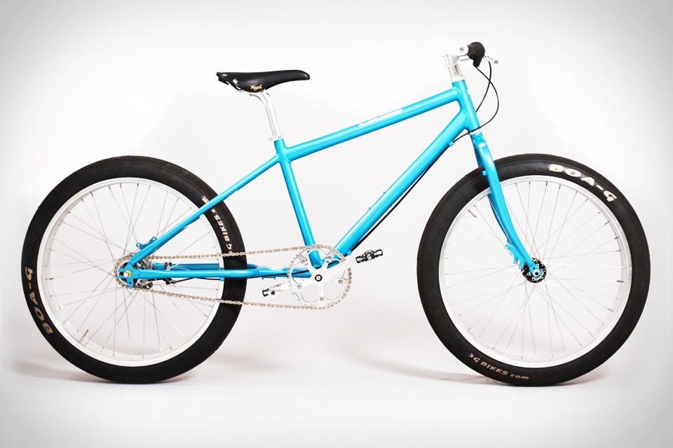 Deus Monster Tyre Bike