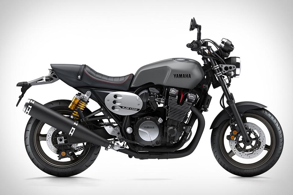 2015 Yamaha XJR1300 Motorcycle