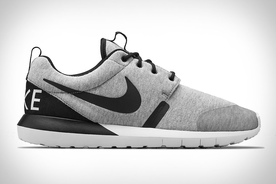 check out 15044 ffb34 Nike Roshe Run NM W
