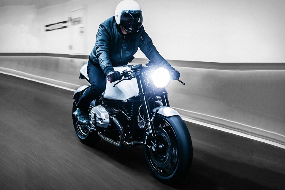 Deus Ex Machina BMW Heinrich Maneuver Motorcycle