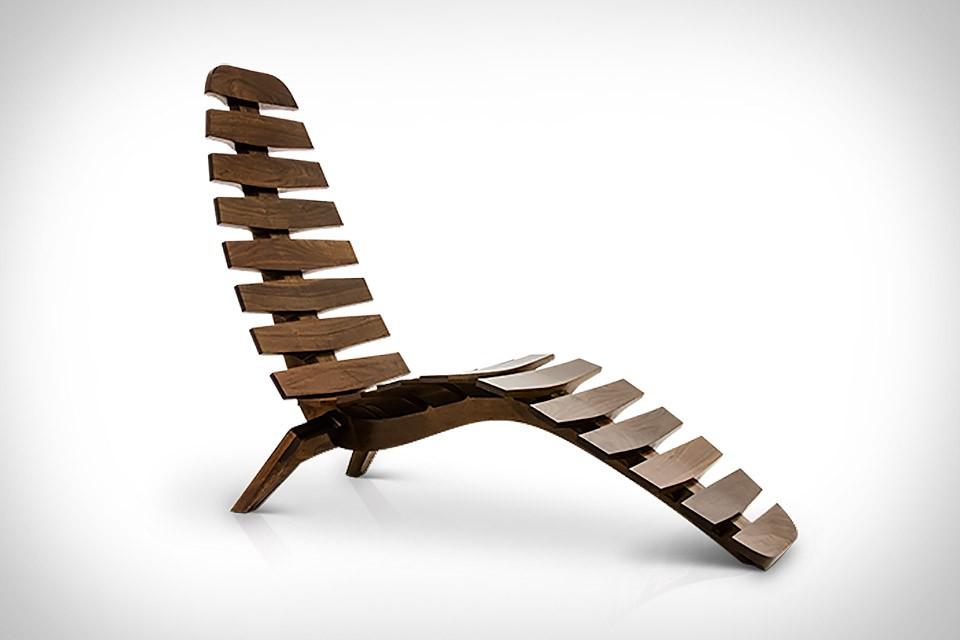 Sternum Chaise