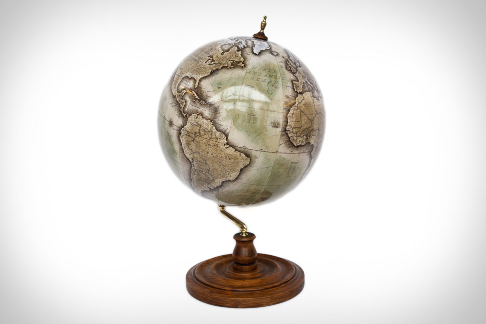 Bellerby & Co. Globes