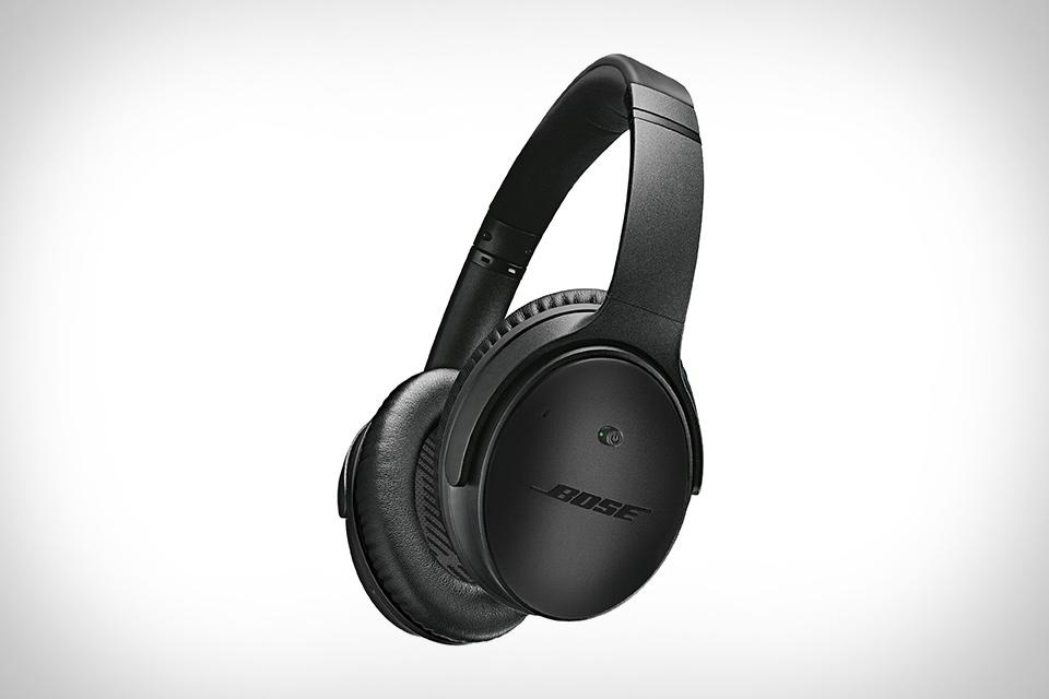Bose QuietComfort 25 Triple Black Headphones