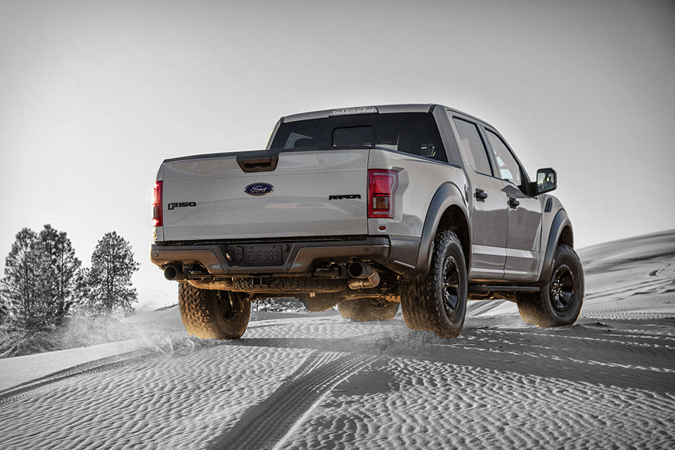 2017 Ford F-150 Raptor Supercrew Truck