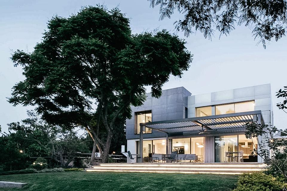 Kfar Shmaryahu House