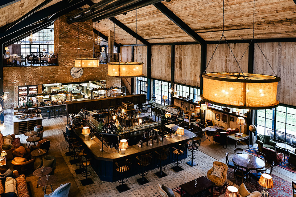 Soho farmhouse uncrate for Best private dining rooms in chicago 2016