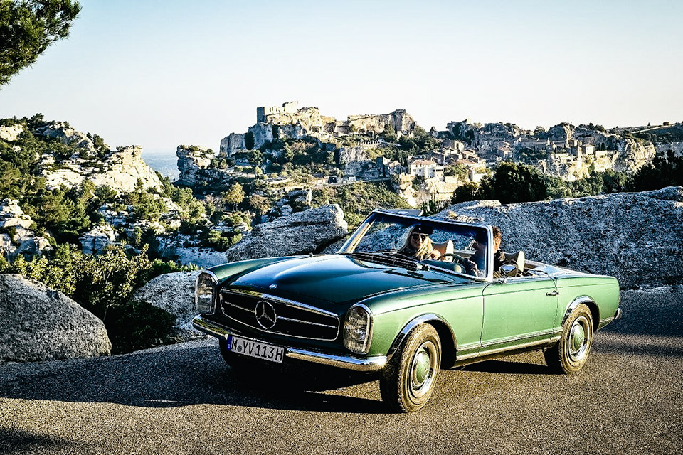 Mercedes-Benz Classic Car Travel